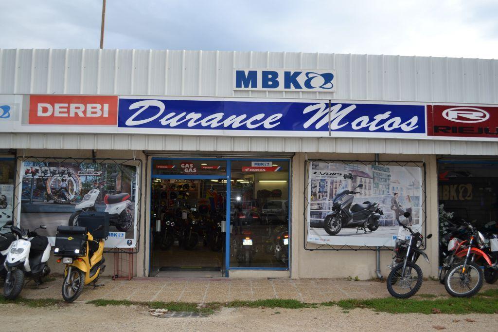 Vente et entretien moto honda pertuis avec durance moto for Garage auto pertuis