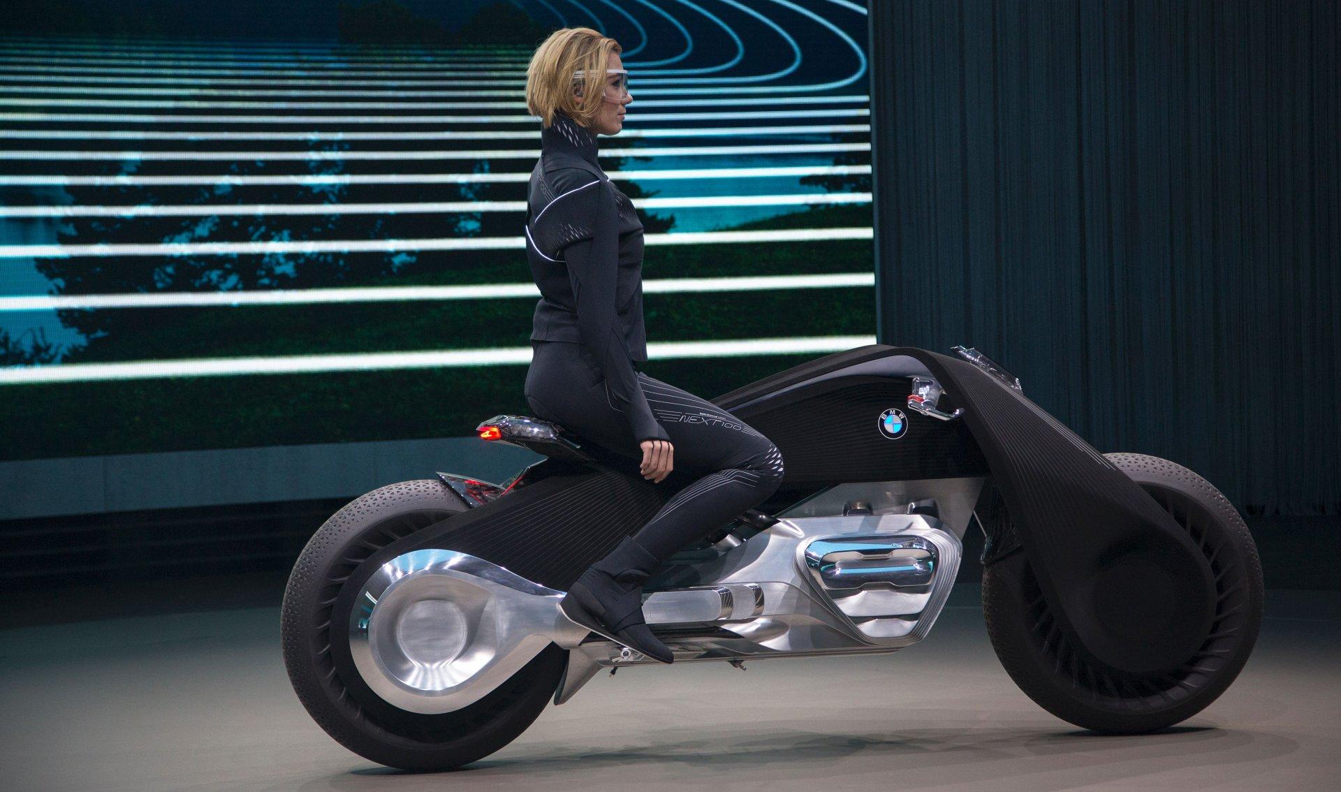 Auto D Occasion >> Moto BMW du futur, du concept à la réalité - moto scooter ...