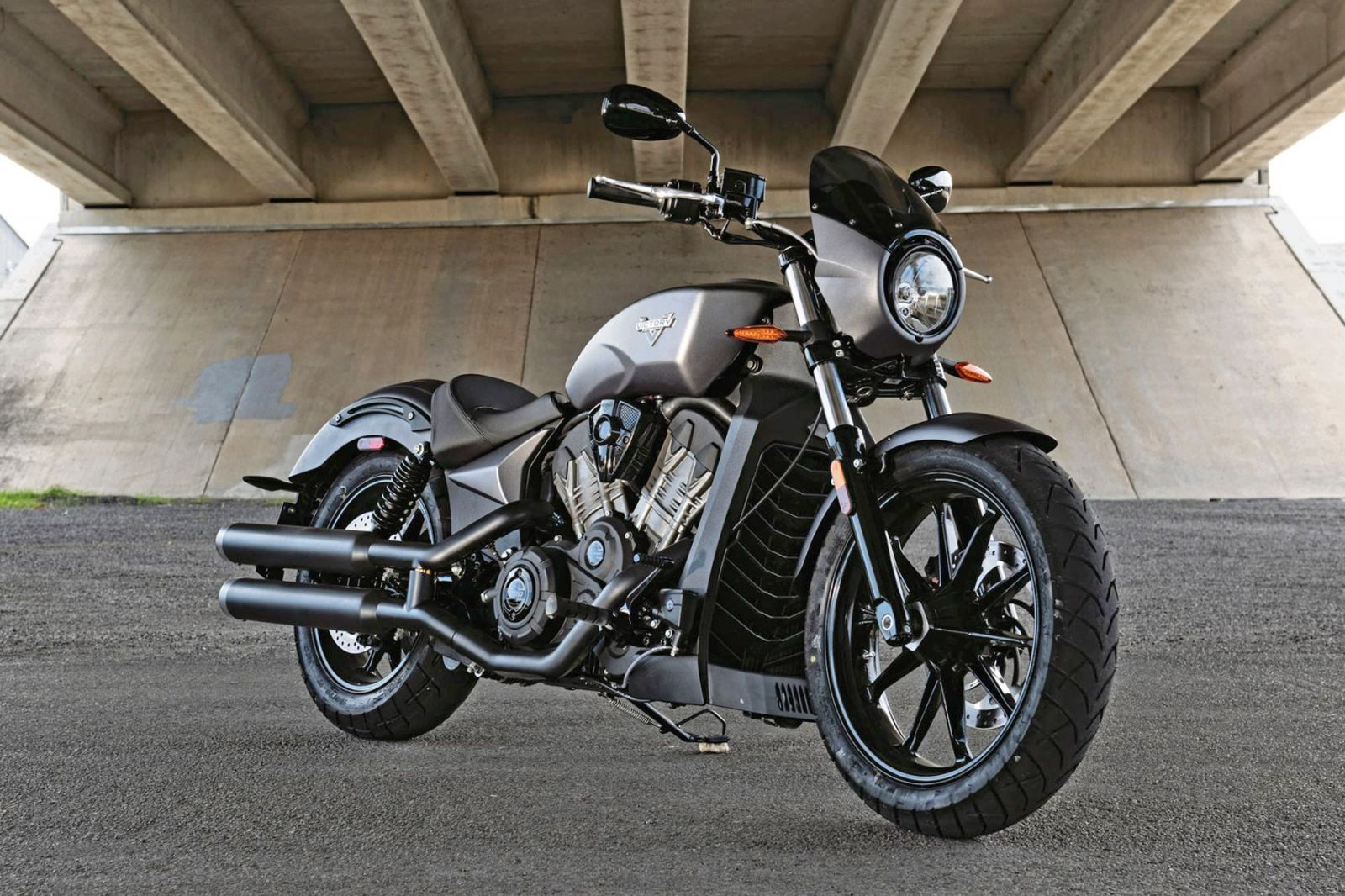 occasion motos marseille centre harley davidson motos moto scooter motos d 39 occasion. Black Bedroom Furniture Sets. Home Design Ideas