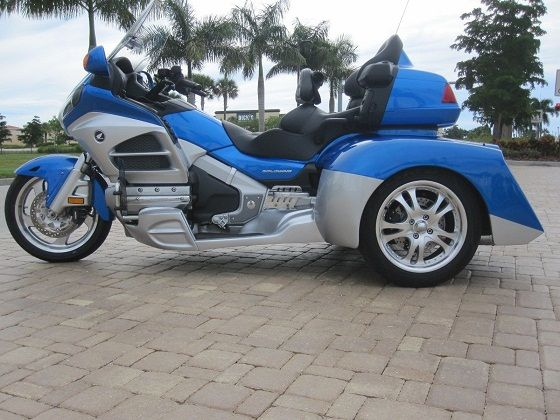 honda goldwing gl1800 trike champion vendre sur toulouse moto scooter motos d 39 occasion. Black Bedroom Furniture Sets. Home Design Ideas