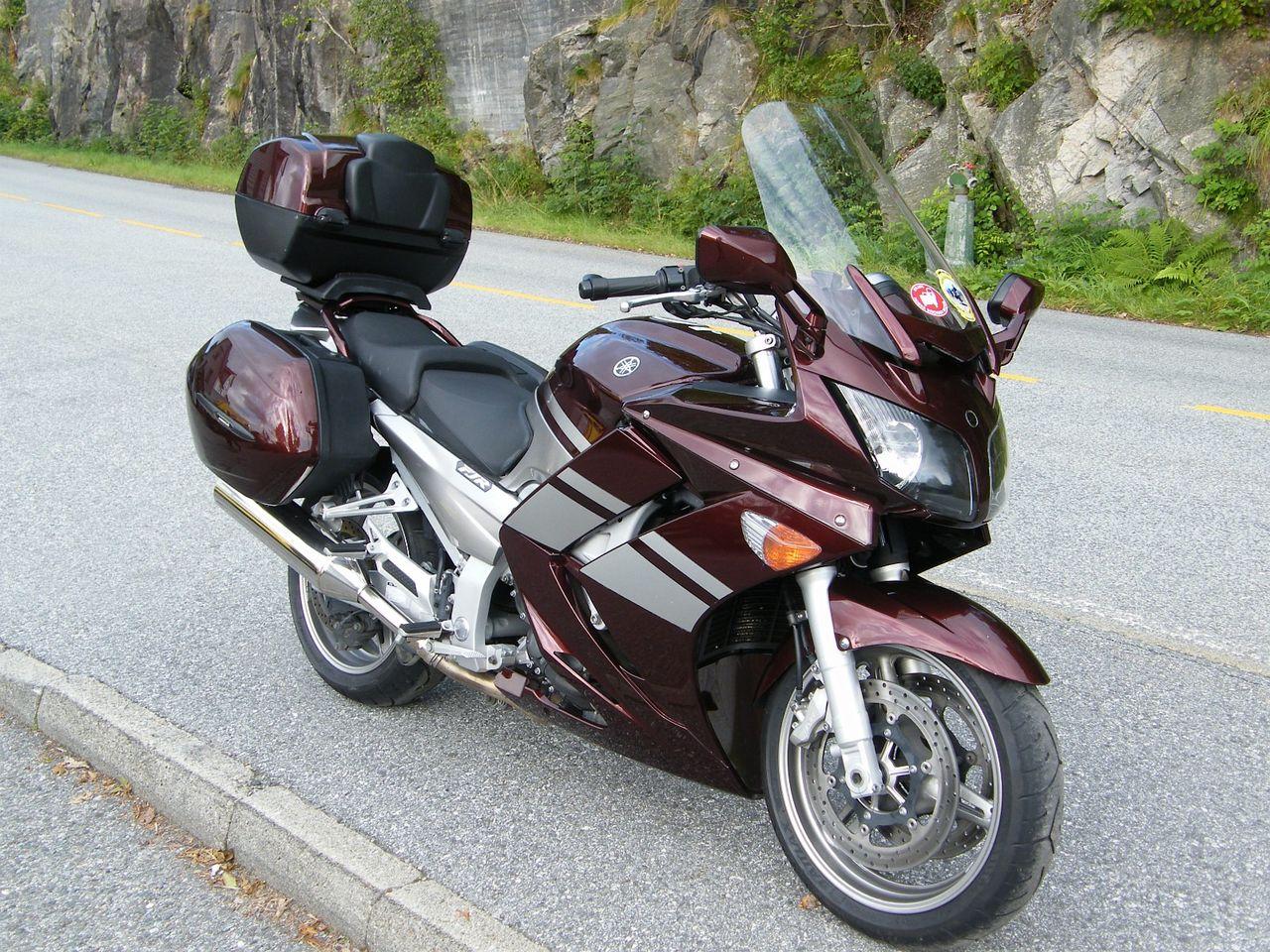 yamaha fjr 1300 d 39 occasion epinal 88 moto scooter motos d 39 occasion. Black Bedroom Furniture Sets. Home Design Ideas