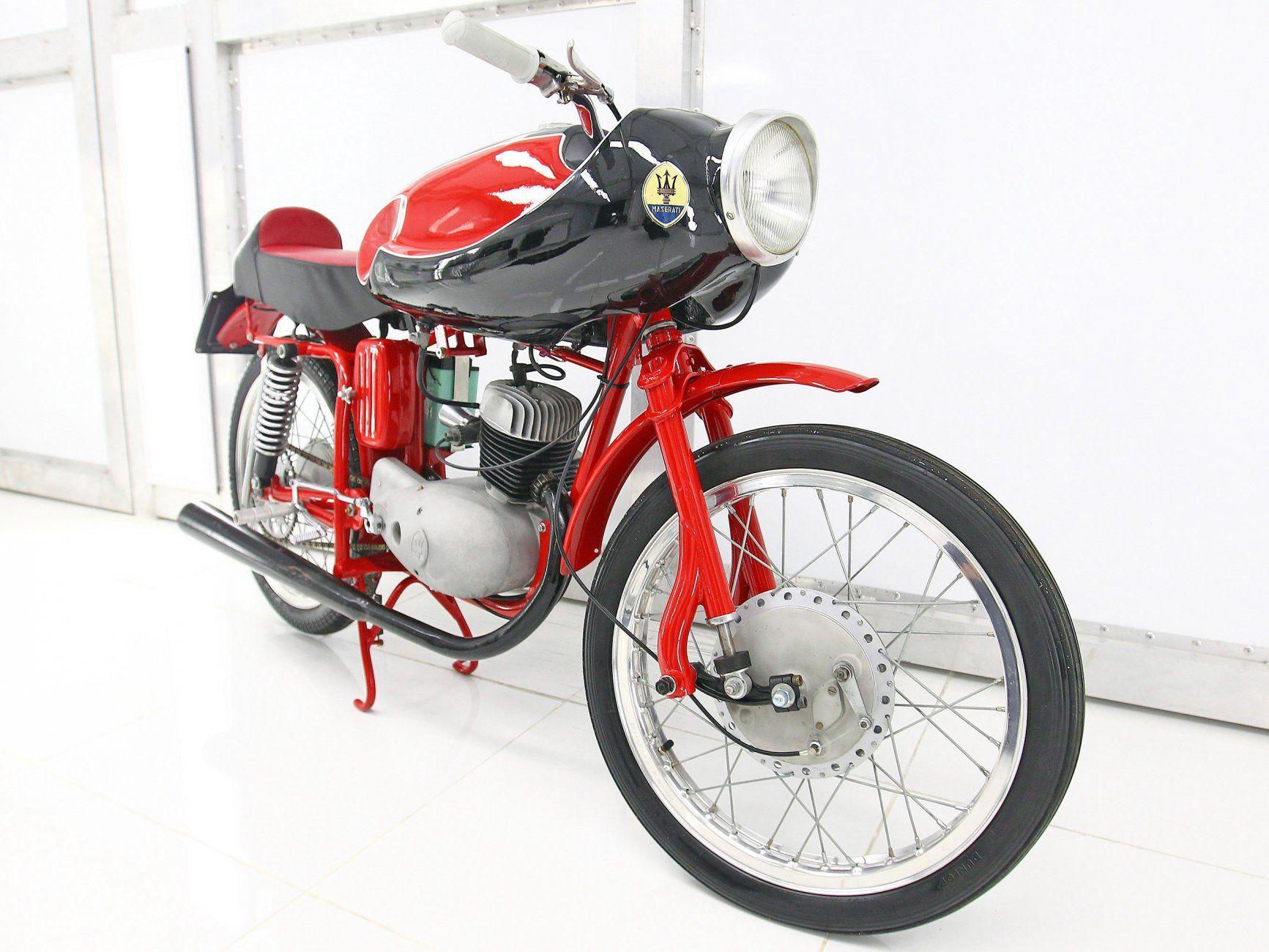 s lection de motos cafe racer moto scooter marseille occasion moto. Black Bedroom Furniture Sets. Home Design Ideas