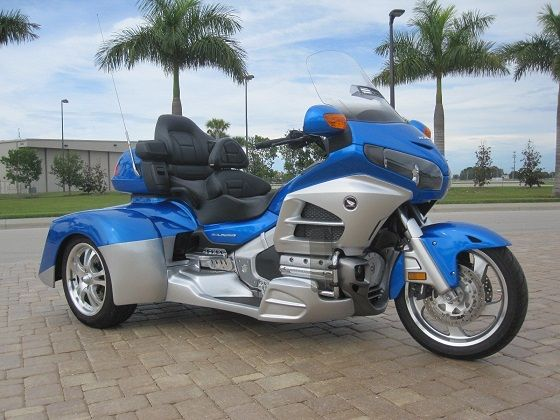 honda goldwing gl1800 trike champion vendre sur toulouse moto scooter motos d 39 occasion. Black Bedroom Furniture Sets. Home Design Ideas