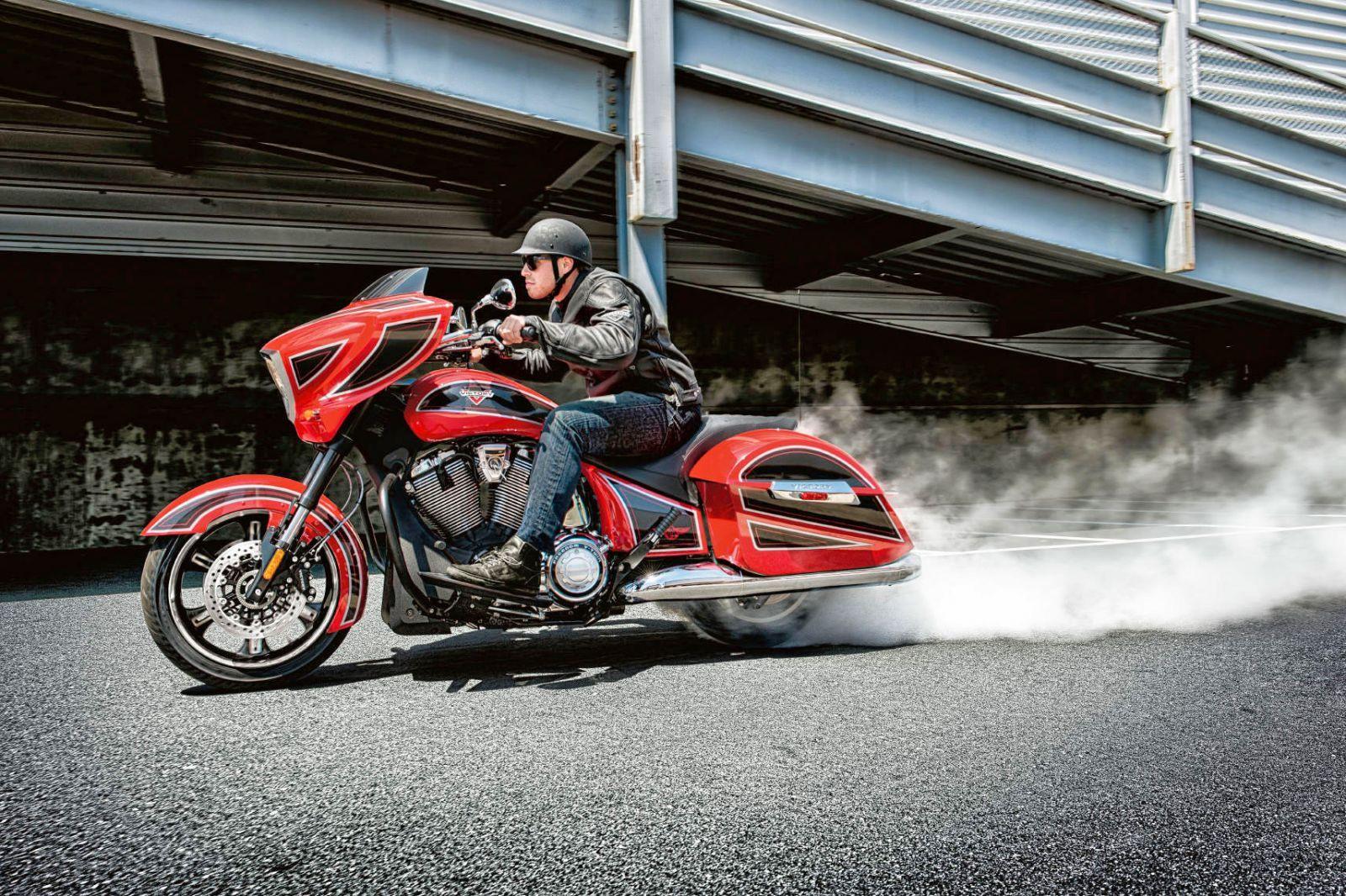 victory petit constructeur de moto am ricaine de l 39 iowa moto scooter motos d 39 occasion. Black Bedroom Furniture Sets. Home Design Ideas