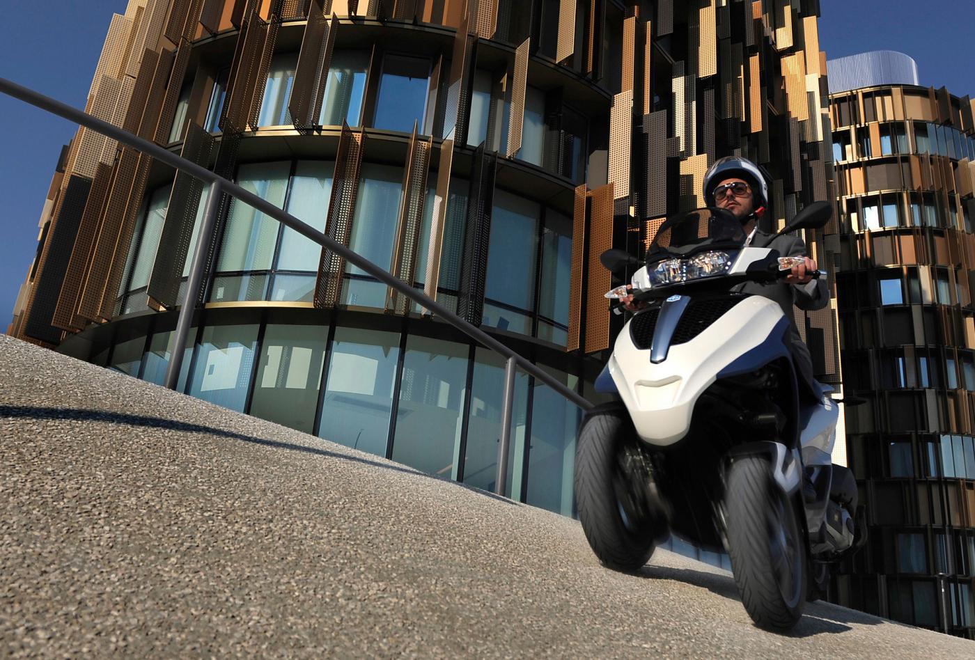 vente de scooters au haillan en gironde moto scooter marseille occasion moto. Black Bedroom Furniture Sets. Home Design Ideas