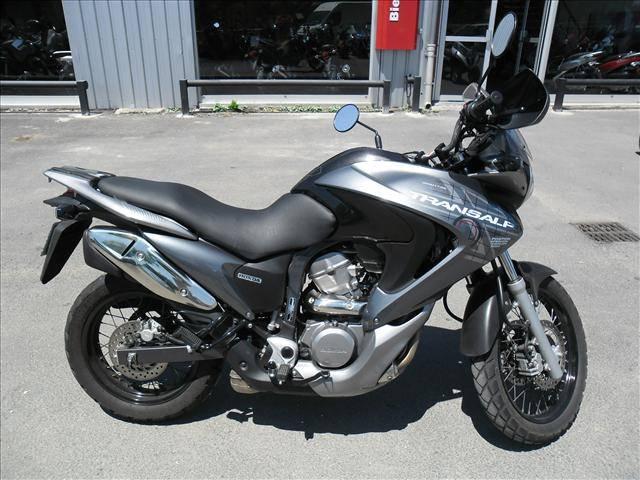 Moto honda xl transalp en parfait tat vendre sur aix en for Garage bmw moto aix en provence