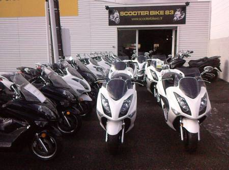 DESTOCKAGE SCOOTER ELITE 125 phase 2 neuf, dans le Var 83