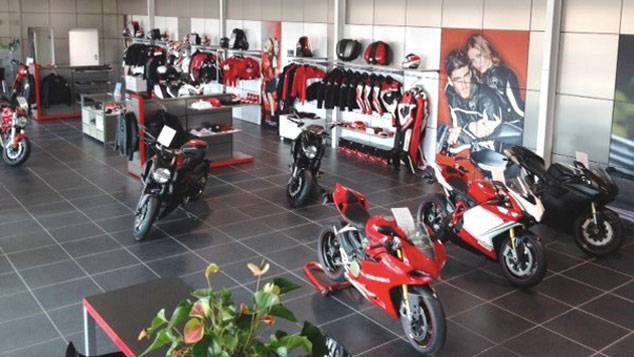 concessionnaire moto ducati marseille moto scooter marseille occasion moto. Black Bedroom Furniture Sets. Home Design Ideas