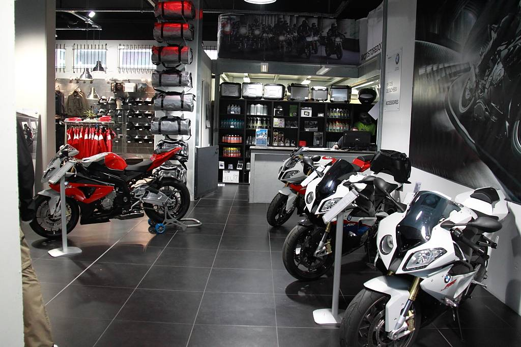 concessionnaire moto bmw marseille moto store docks. Black Bedroom Furniture Sets. Home Design Ideas