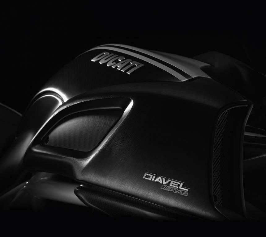 Concessionnaire ducati salon de provence shop motos for Shop moto salon de provence