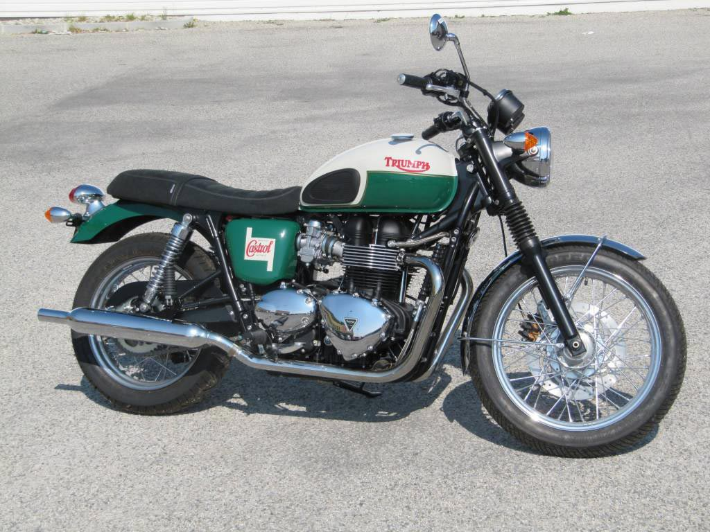 concessionnaire suzuki et triumph valence bouvier motos moto scooter marseille occasion moto. Black Bedroom Furniture Sets. Home Design Ideas