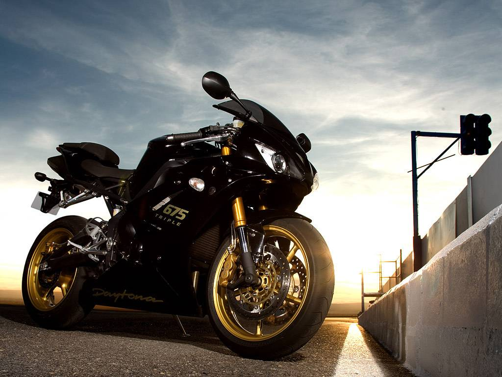 Concessionnaire Moto Triumph à Marseille British Racing Moto