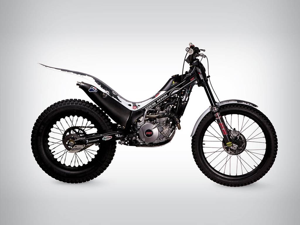 trial moto de loisir ou de comp tition pour franchir les obstacles moto scooter motos d. Black Bedroom Furniture Sets. Home Design Ideas