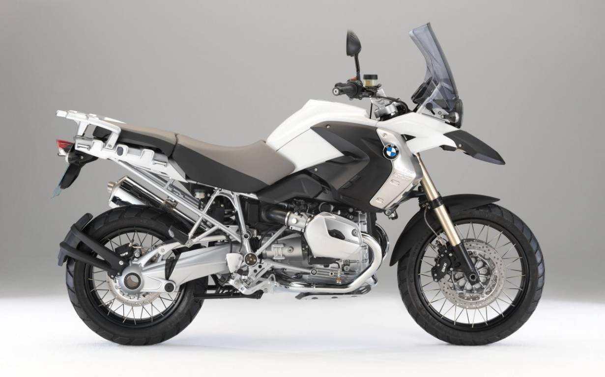 trail moto tout terrain moto scooter marseille occasion moto. Black Bedroom Furniture Sets. Home Design Ideas