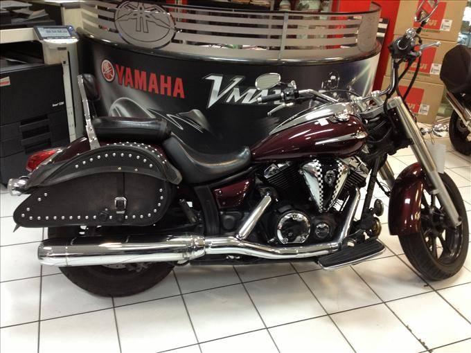 yamaha xvs 950 moto custom d 39 occasion sur marseille moto scooter motos d 39 occasion. Black Bedroom Furniture Sets. Home Design Ideas