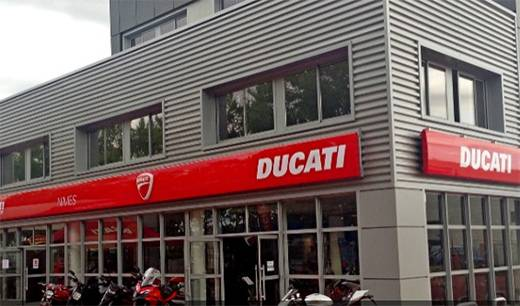 Concession ducati n mes dans le gard 30 moto scooter for Garage ad nimes