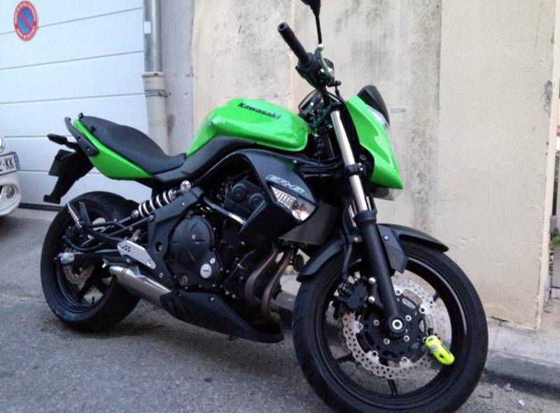 kawasaki er6 n d 39 occasion vendre par particulier 13006 marseille moto scooter motos d. Black Bedroom Furniture Sets. Home Design Ideas