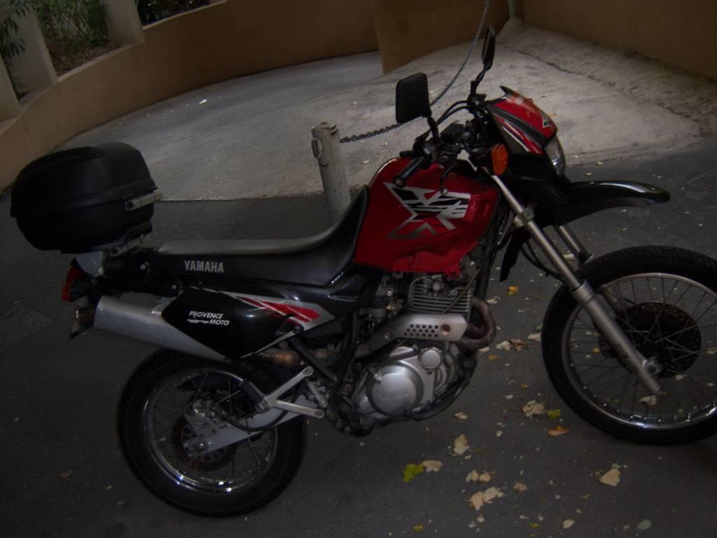 a vendre yamaha 600 xtr d 39 occasion par particulier moto scooter motos d 39 occasion. Black Bedroom Furniture Sets. Home Design Ideas