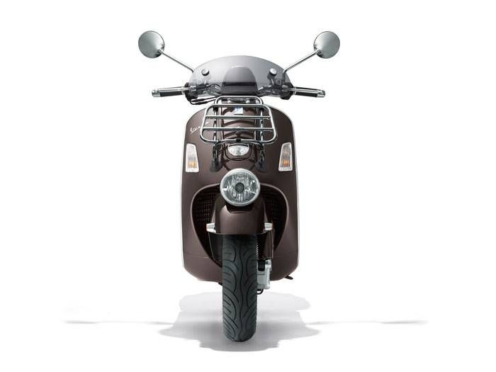 scooter vespa gtv 300 ie 2013 la plus luxueuse des vespa moto scooter marseille occasion moto. Black Bedroom Furniture Sets. Home Design Ideas