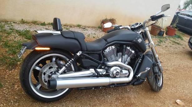 occasion harley nice par particulier vrod muscle 2012 black denim 5630 km moto scooter. Black Bedroom Furniture Sets. Home Design Ideas