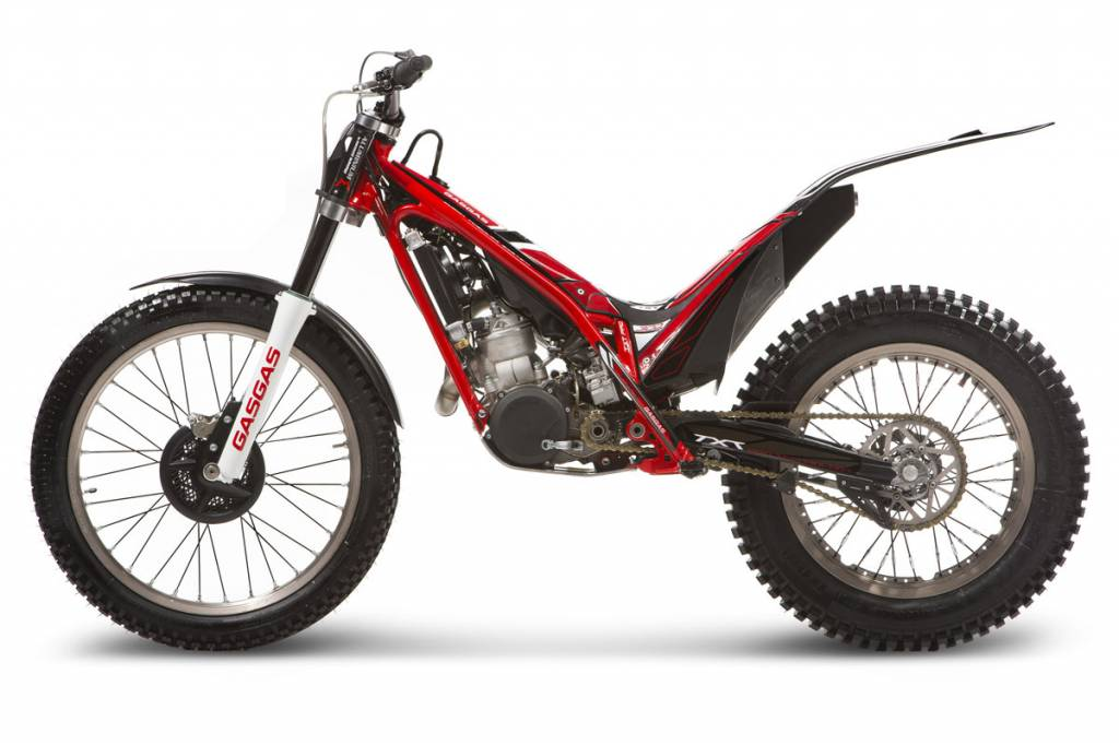 trial moto de loisir ou de comp tition pour franchir les obstacles moto scooter marseille. Black Bedroom Furniture Sets. Home Design Ideas