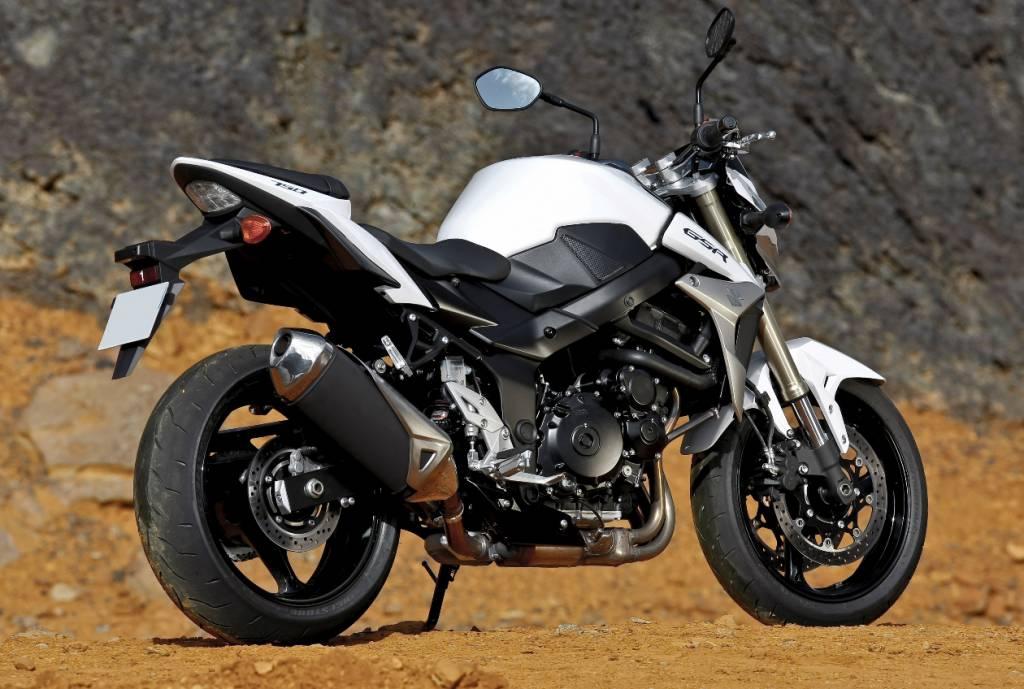 suzuki gsr 750 se sp ciale depuis toujours moto scooter marseille occasion moto. Black Bedroom Furniture Sets. Home Design Ideas