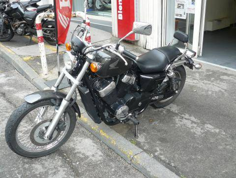 honda vt 750 s moto d 39 occasion vendre sur marseille moto scooter motos d 39 occasion. Black Bedroom Furniture Sets. Home Design Ideas
