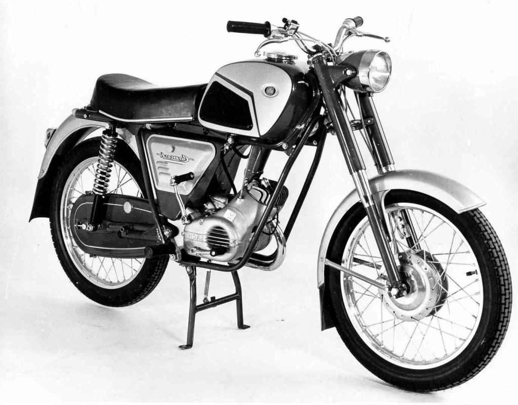 ktm constructeur de cyclomoteurs et de v lomoteurs depuis 1934 moto scooter marseille. Black Bedroom Furniture Sets. Home Design Ideas