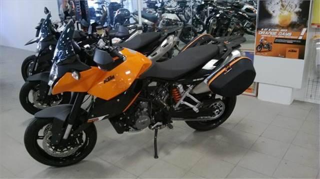 concessionnaire ktm avignon provence moto moto scooter marseille occasion moto. Black Bedroom Furniture Sets. Home Design Ideas