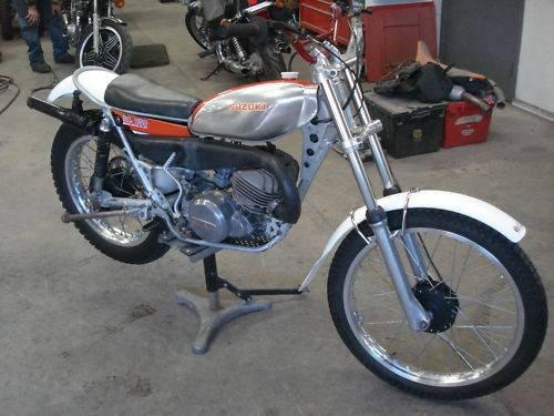 suzuki rl250 de 1974 moto scooter marseille occasion moto. Black Bedroom Furniture Sets. Home Design Ideas