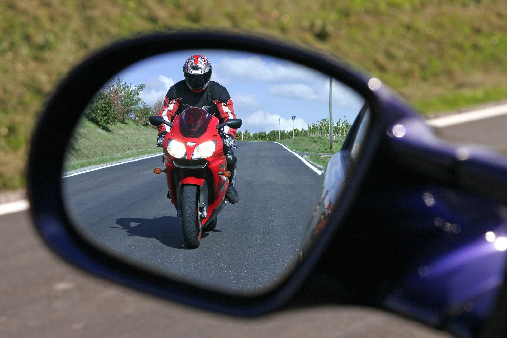 Le dépassement en moto, quelques conseils - moto scooter ...