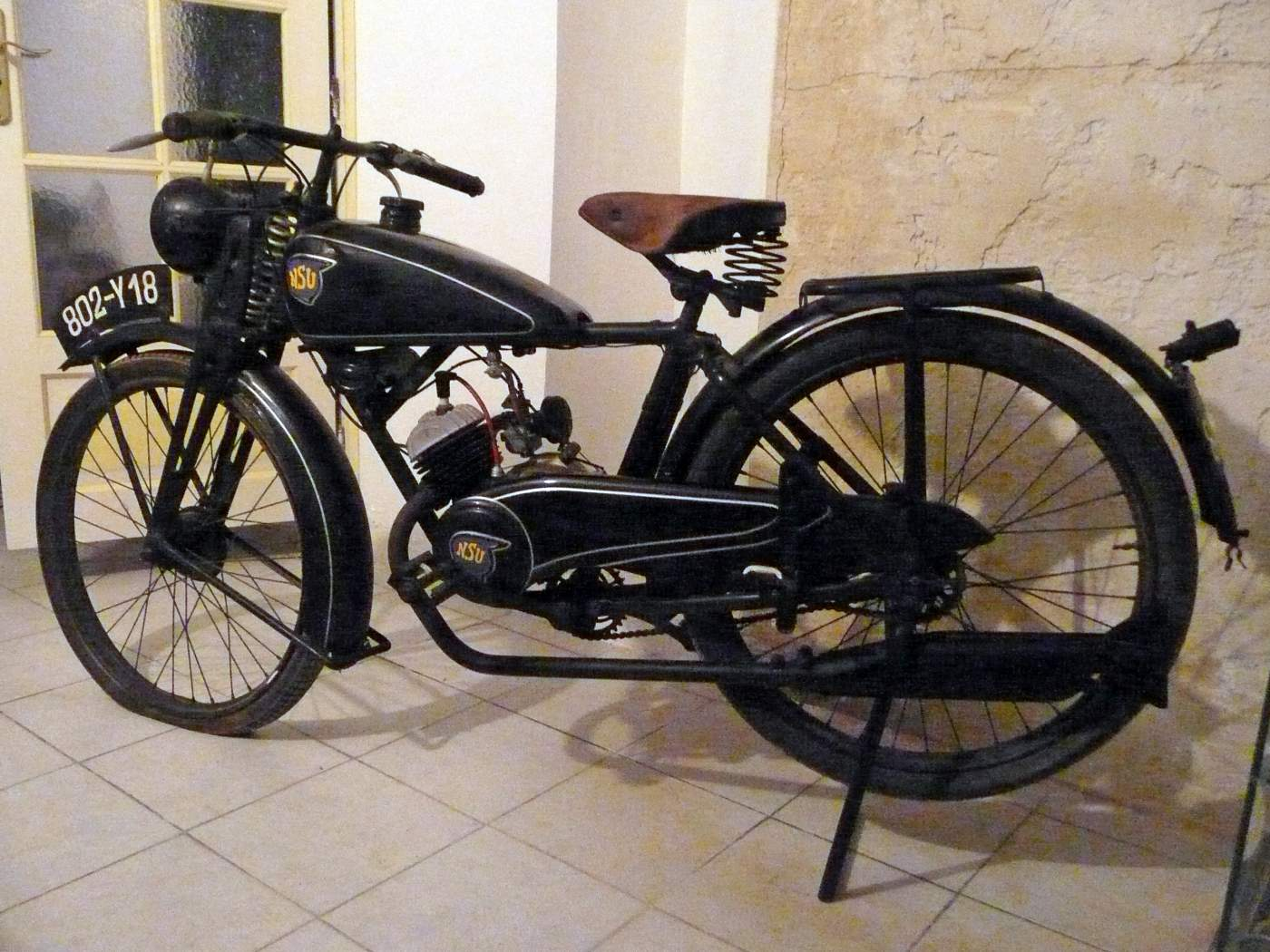 moto rare nsu quick 98 cm3 de 1939 vendre moto scooter motos d 39 occasion. Black Bedroom Furniture Sets. Home Design Ideas