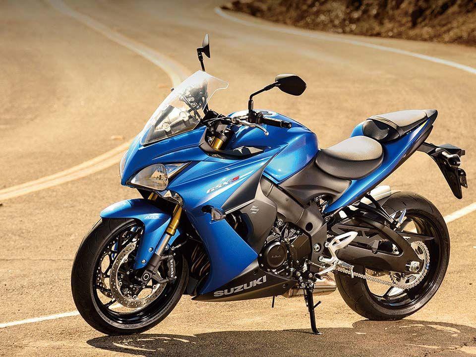 quelle moto choisir pour l 39 t 2016 moto scooter motos d 39 occasion. Black Bedroom Furniture Sets. Home Design Ideas