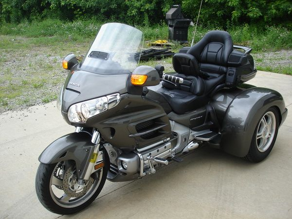 honda goldwing 1800 trike champion d 39 occasion vendre. Black Bedroom Furniture Sets. Home Design Ideas