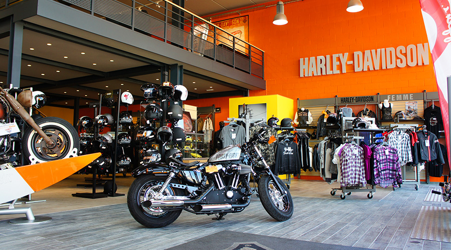 road 66 vente neuf et occasion de harley davidson marseille moto scooter marseille. Black Bedroom Furniture Sets. Home Design Ideas