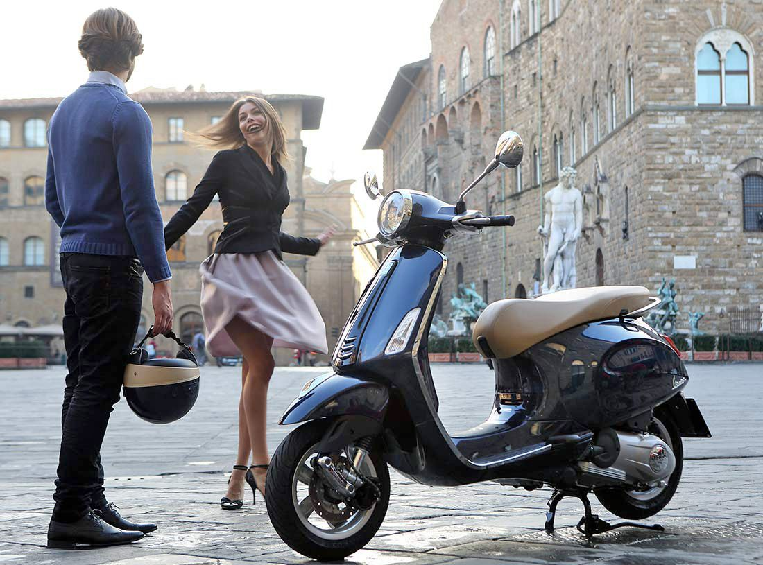 mini et maxi scooter tendance moto scooter marseille occasion moto. Black Bedroom Furniture Sets. Home Design Ideas