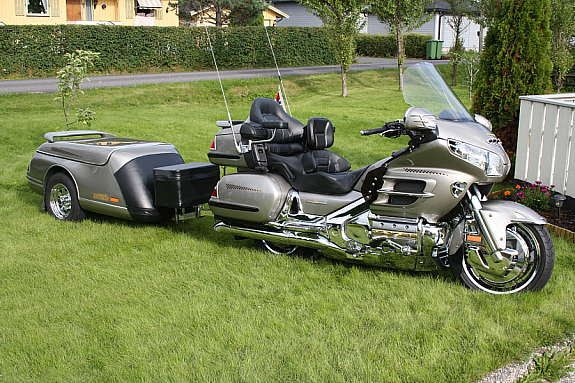 honda gold wing 1800 d 39 occasion vendre moto scooter. Black Bedroom Furniture Sets. Home Design Ideas