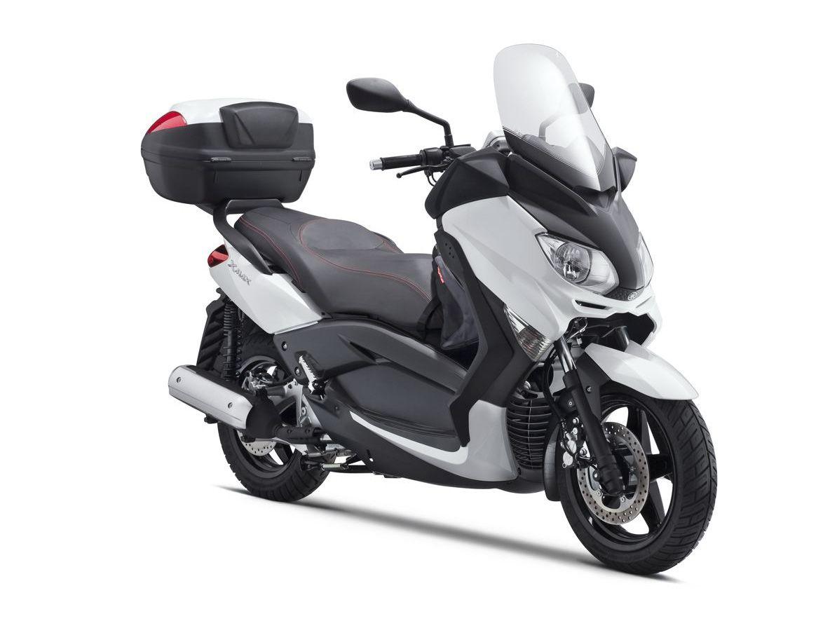 scooter 125 cm3 design et tendance mais efficient moto scooter marseille occasion moto. Black Bedroom Furniture Sets. Home Design Ideas
