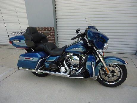 harley davidson el glide ultra limited vendre sur lyon moto scooter motos d 39 occasion. Black Bedroom Furniture Sets. Home Design Ideas