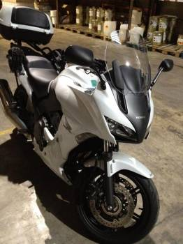 moto roadster honda cbf vendre 13014 marseille moto scooter motos d 39 occasion. Black Bedroom Furniture Sets. Home Design Ideas