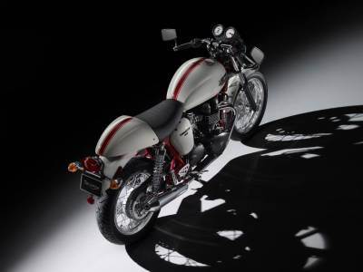 moto d 39 occasion toutes marques aix en provence m p motorider moto scooter motos d 39 occasion. Black Bedroom Furniture Sets. Home Design Ideas