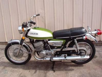 suzuki t 500 1971 moto scooter motos d 39 occasion. Black Bedroom Furniture Sets. Home Design Ideas