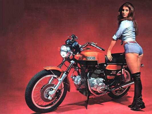 la ducati 750 gt de 1972 une moto historique moto scooter motos d 39 occasion. Black Bedroom Furniture Sets. Home Design Ideas