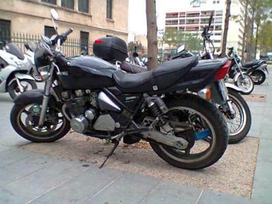 kawasaki z phyr 550 d 39 occasion vendre sur marseille moto scooter motos d 39 occasion. Black Bedroom Furniture Sets. Home Design Ideas