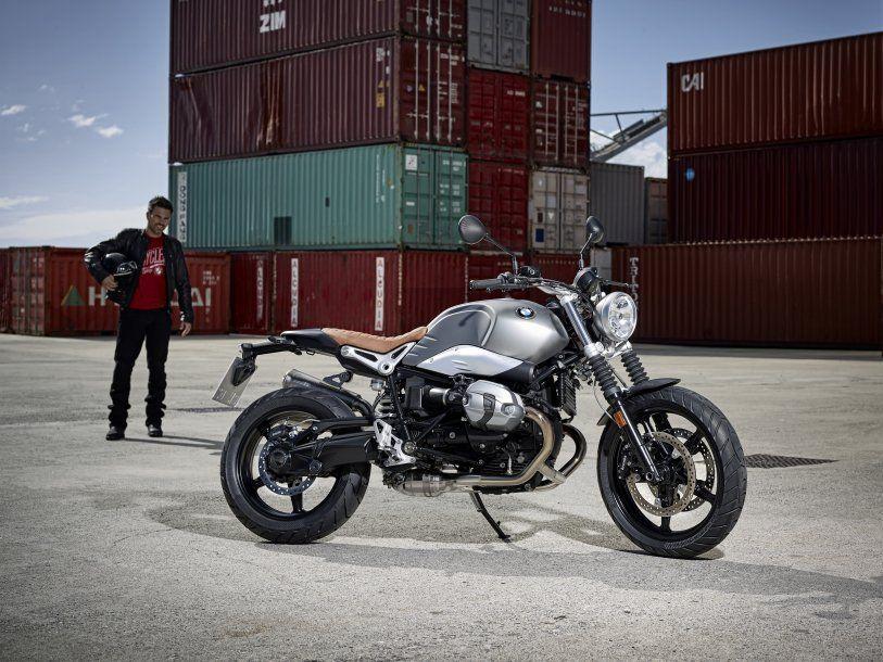 Motos et scooters bmw 2016 2017 moto scooter motos d for Garage bmw moto aix en provence